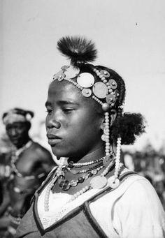 Africa | Malagasy woman wearing a ceremonial headdress. Sakalava. Madagascar ca. 1930 | ©unknown