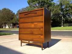 Sold 5pc Walnut Bedroom Set Mid Century Modern By Bassett