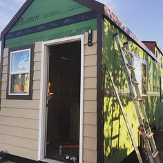 Finishing the exterior of the #tinyhouse we're bringing to the #florida tiny house festival! Come see our tiny house shell many other builders trailers and vendors this weekend November 18-20th! #trailermade #tinyhousemovement #tinyhousenation #tinyhouseliving #tinyhome #tinyhouses #tinyhomes #tinyhouseonwheels #thow #offthegrid #tiny #small #minimalism #simple #house #home #construction