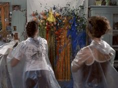 Mia's Mom (The Princess Diaries) - Two words: paint. balloons.