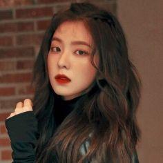 Check out Black Velvet @ Iomoio Seulgi, Red Velvet アイリン, Red Velvet Irene, Kpop Girl Groups, Korean Girl Groups, Kpop Girls, Loona Kim Lip, Peek A Boo, Wattpad