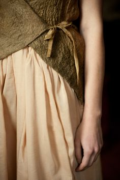YOD by Bulgarian fashion designer Yana Dvoretska. ty, Carmita Lion. uploaded to pinterest by the designer