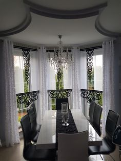 Kitchen Curtain Designs, Kitchen Curtains, Old Houses, Window Treatments, Bungalow, Chandelier, Ceiling Lights, Windows, Furniture