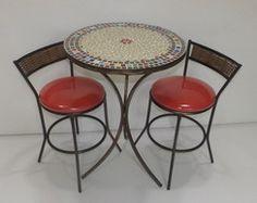 Mesa em mosaico c/ 2 banquinhos cód 109