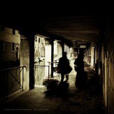 """""""Dark Venice"""" of Canadian photographer Alessandro Cancian"""