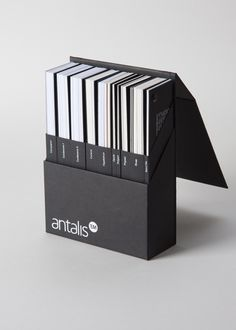Paper sampler for Antalis paper company. The goal was to come up with simple, functional, modular and more traditional design which would replace the previous model made of plastic. Album Design, Box Design, Layout Design, Print Design, Cool Packaging, Brand Packaging, Packaging Design, Book Binding Design, Graphic Design Books