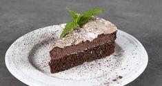 Κέικ σοκολάτας με μαρέγκα από τον Άκη Πετρετζίκη. Φτιάξτε το πιο νόστιμο ζουμερό και αφράτο κέικ με σοκολάτα και επικάλυψη σοκολατένιας μαρέγκας! Δοκιμάστε το! Food Videos, My Recipes, Tiramisu, Pudding, Sweets, Ethnic Recipes, Desserts, Chocolate Cakes, Kuchen