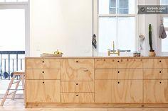 Binnenkijken in een appartement vol hout / www.woonblog.be