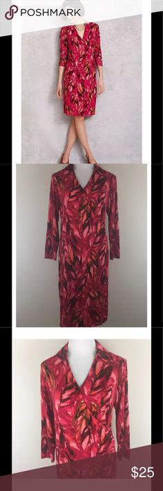 "J. Jill Wearever Faux Wrap Career Dress Medium J. Jill Wearever Faux Wrap Career Dress Collar Red Pink Feathers Stretch Medium  Stretchy pullover faux wrap dress with a surplice neckline, pointed collar, and subtle side ruching, in a feathered print  Excellent, gently used condition - no flaws noted Fabric Content: 95% Rayon/5% Lycra Spandex Approximate measurements: Laid Flat, measured across Chest 20"" (underarm to underarm) Length 40"" (shoulder to bottom of hem) Waist 15.5"" Hips 16-17"" J…"
