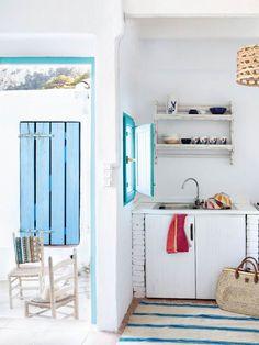 A MEDITERRANEAN BEACHSIDE HOME IN ALICANTE, SPAIN | THE STYLE FILES