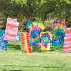 Tip: use different folds and twists to make unique tie-dye designs!