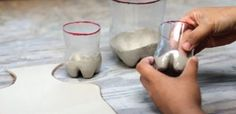 Turning an everyday throw-away item into a great pot - from Ceramic Arts Daily - By WangLing Chou.Coat the inside of the plastic mold with a very thin layer of and spread it evenly then wipe out the form with a chamois Ceramic Tools, Ceramic Clay, Ceramic Pottery, Pottery Art, Ceramic Techniques, Pottery Techniques, Ceramic Arts Daily, Pottery Lessons, Pots