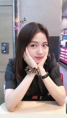 メイク メイク in 2020 Blackpink Jisoo, Kim Jennie, South Korean Girls, Korean Girl Groups, Black Pink, Ulzzang Girl, Korean Beauty, Kpop Girls, Red Velvet