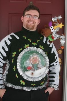 Fashion & beauty: 15 DIY Ugly Christmas Sweaters that Are Gorgeous Ugliest Christmas Sweater Ever, Diy Ugly Christmas Sweater, Ugly Sweater Party, Xmas Sweaters, Ugly Sweater For Kids, Ugly Sweater Couple, Christmas Humor, Holiday Fun, Christmas Crafts