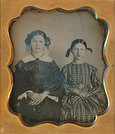 https://www.ebay.com/itm/BEAUTIFUL-YOUNG-SISTERS-STUNNING-DRESS-HAIR-RIBBONS-1-6-PLATE-DAGUERREOTYPE-D693/162836204778?hash=item25e9cb4cea:g:QqUAAOSwUMxaOruR