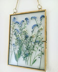 Framed pressed flowers Forget me nots corenne Flowers Forget FRAMED not is part of Home diy - Framed pressed flowers Forget me nots corenne Flowers Forget FRAMED not Framed pressed f Art Floral, Deco Floral, Pressed Flower Art, Pressed Flowers Frame, Frame With Flowers, Flower Frame, Dried Flowers, Blue Flowers, Gift Flowers