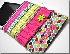 One hour ereader case, diy, great gift!  sewing, fabric, craft