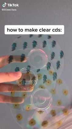 Cd Crafts, Diy Crafts Hacks, Diy Home Crafts, Crafts To Do, Resin Crafts, Easy Crafts, Cute Bedroom Decor, Diy Room Decor, Teenage Room Decor