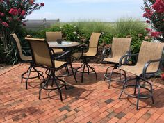 high top table with 4 chairs plus 2 bonus chairs 200