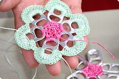 Crochet A Flower With Pull Tabs