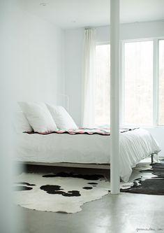 bed deborah watson stylist upstate home interior garance dore photo