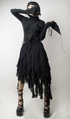 Strega dark mori girl