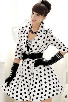 Exquisite Half Sleeves New Arrival Trench Coat. Vestidos Vintage, Style Retro, My Style, Vintage Style, Mode Rockabilly, Dots Fashion, New Years Eve Dresses, Long Trench Coat, Coat Dress