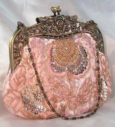 Pink Vintage Look Evening Bag Rhinestone Bead Sequin