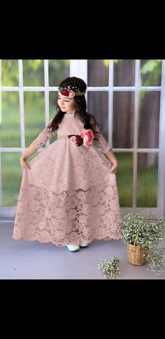 Discover our range of stylish baby and kids clothes. White Slippers, Pink Sale, Slippers For Girls, Stylish Baby, Pink Summer, Little Princess, Stylish Outfits, Flower Girl Dresses