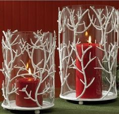 Do you have ever thought of making a candle stand, to some people making such things seems impossible but it's not, here in the picture you can see an amazingly made candle stand. Such object enhances the look of the room and can make it glamorous. Christmas Candles, Christmas Home, Christmas Crafts, Christmas Ornaments, Christmas Candle Holders, Country Christmas, Glitter Candles, Diy Candles, Candle Decorations