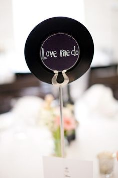 30 amazing wedding table name ideas - Song names | CHWV