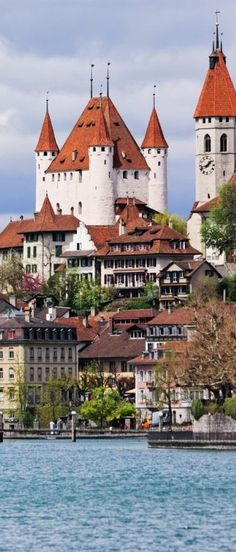 Thun, Switzerland                                                                                                                                                      Más