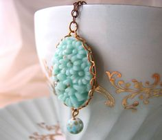 Mint flowers spring necklace ~ vintage floral glass
