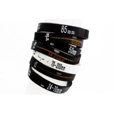 Confortáveis de usar, têm detalhes em relevo e todas as ranhuras e marcações comuns nos ajustes de foco das lentes de câmeras fotográficas.