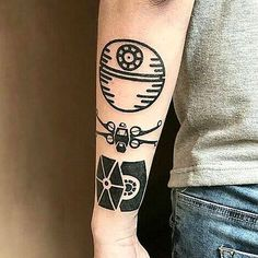"Polubienia: 4,738, komentarze: 14 – ✨Death Star Tattoos✨ (@deathstartattoos) na Instagramie: ""May the 4th be with you! By @keytattoo ▫️▫️▫️▫️▫️▫️▫️▫️▫️▫️▫️▫️▫️▫️▫️ #deathstartattoos…"""