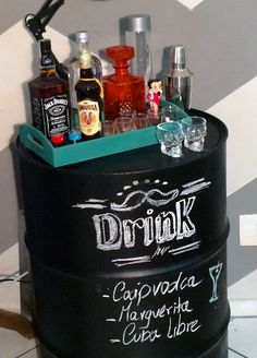 Powered by Translate s Cafe Bar, Bandeja Bar, Home Pub, Coffee Wine, Home And Deco, Bars For Home, Whiskey Bottle, Sweet Home, Drinks
