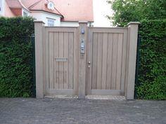 Laat je inspireren | Pouleyn Fence Gate, Fencing, Traffic Light, Door Wall, Garden Gates, Facade, Entrance, This Is Us, Garage Doors
