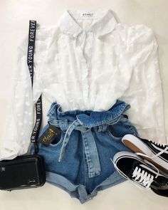 Cute Everyday Outfits, Cute Teen Outfits, Outfits For Teens, Trendy Outfits, Cool Outfits, Fashion Outfits, Tumblr Outfits, Fashion Design Sketches, Fashion 2018