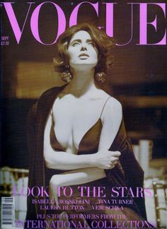Luminous seduction: Isabella Rossellini in Thierry Mugler and Grigio Perla covered the September Issue of Vogue Shot by Steven Meisel. Vogue Magazine Covers, Fashion Magazine Cover, Fashion Cover, Vogue Covers, Magazine Art, Isabella Rossellini, Steven Meisel, Vogue Uk, Vogue Paris