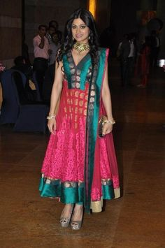Shamita Shetty at Wedding Sangeet Ceremony of  Honey Bhagnani & Dheeraj Deshmukh, Feb, 2012
