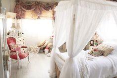 Bed room design by Noof Alaboudi lighting fixtures