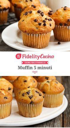 Muffin al ciocolato Sweets Recipes, Muffin Recipes, Real Food Recipes, Cake Recipes, Mini Desserts, Delicious Desserts, Cap Cake, Chocolate Muffins, Love Food