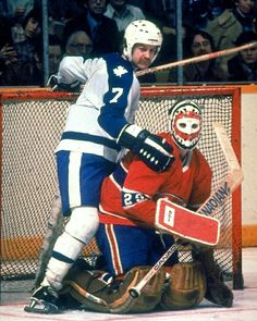 Lanny MacDonald, Toronto Maple Leafs and Ken Dryden, Montreal Canadiens Hockey Goalie, Hockey Teams, Hockey Players, Ice Hockey, Hockey Stuff, Nhl, Montreal Canadiens, Lanny Mcdonald, Ken Dryden