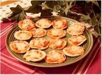 MakingFriends Pita Pizzas Recipe Print a recipe and prepare food to taste at your Girl Scout Thinking Day or International celebration if you chose Italy.