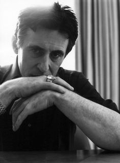 Gabriel Byrne