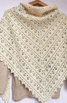 Crochet Patterns Easy and Cute FREE Crochet Shawl for beginner Ladies – Beauty Crochet Patterns! - Her Crochet Crochet Prayer Shawls, Crochet Shawls And Wraps, Crochet Poncho, Crochet Scarves, Crochet Clothes, Free Crochet, Shawl Patterns, Easy Crochet Patterns, Knitting Patterns