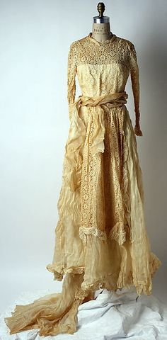 Wedding dress 1948 Ceil Chapman, American, cotton