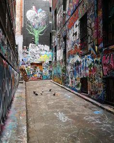 #hosierlane #hosier1117  #melbourne #hosierla #hosierlanemelbourne #melbournephotographer #melbournelaneways #melbourneiloveyou #melbournecity #aroundmelbourne  #melbourneartist #melbournecbd #ig_graffiti  #ig_australia #ig_victoria #instaaussies #instamelbourne #instamelb #ig_melbourne #melb #australia #ig_aussiepix  #instagraffitiart