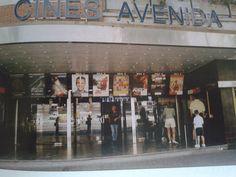 CINES AVENIDA Estaban en la Avenida Lehendakari Aguirre.Anteriormente fue el cine CANCILLER.Y posteriormente los RENOIR DEUSTO