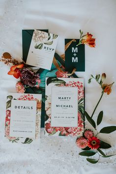 Floral wedding invitation suite. Photo: @the.real.m2photo Wedding Invitation Suite, Floral Wedding Invitations, Wedding Stationery, Custom Stationery, Stationery Design, Leukemia And Lymphoma Society, Warm Colour Palette, Green Watercolor, We Fall In Love